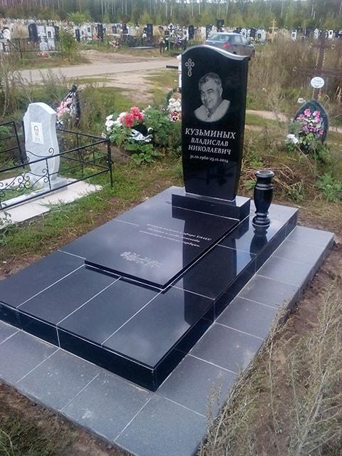 Купить памятник в Марьина Роща реставрация памятников на кладбище